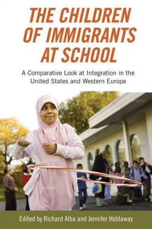 The Children of Immigrants at School imagine