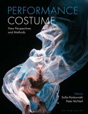 Performance Costume imagine
