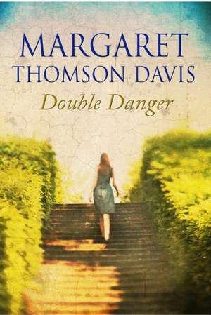 Double Danger de Margaret Thomson Davis