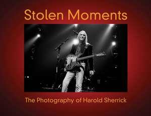 Stolen Moments: The Photography of Harold Sherrick de Harold Sherrick